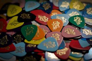 Аксессуары для гитар