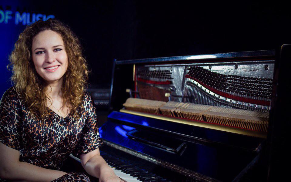 Татьяна, фортепиано